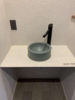 玄関ホールの手洗い