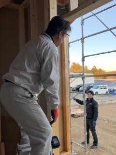 田山建設事務所新築工事・玄関ドア取付工事