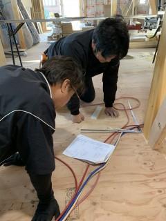 田山建設事務所新築工事・室内の造作