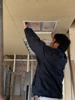 田山建設事務所新築工事・室内造作が進んでいます