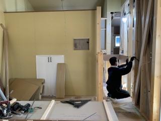 田山建設事務所新築工事・階段が完成しました