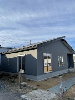 田山建設事務所新築工事・足場が外れたよ