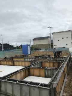 地震に強い家づくり・基礎立ち上がりコンクリート打設